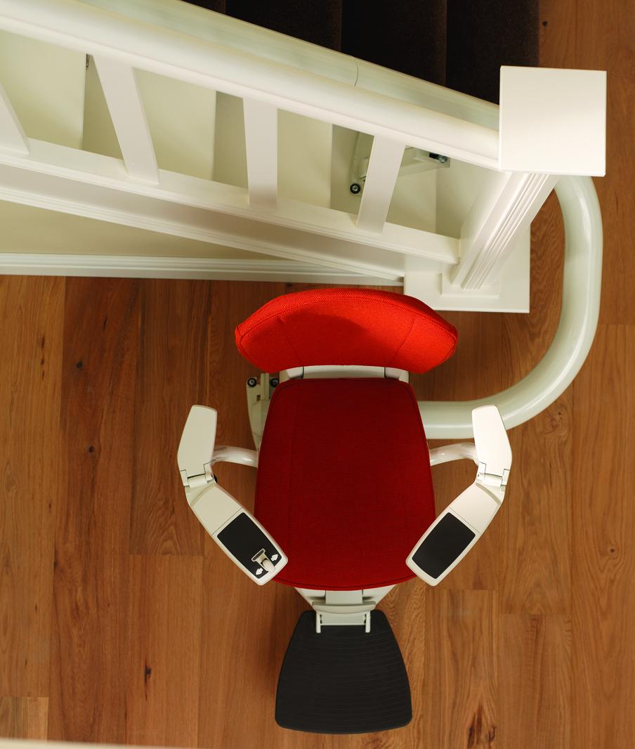 sanilift sitzlifte und treppenlifte im berblick unabh ngige kaufberatung und. Black Bedroom Furniture Sets. Home Design Ideas
